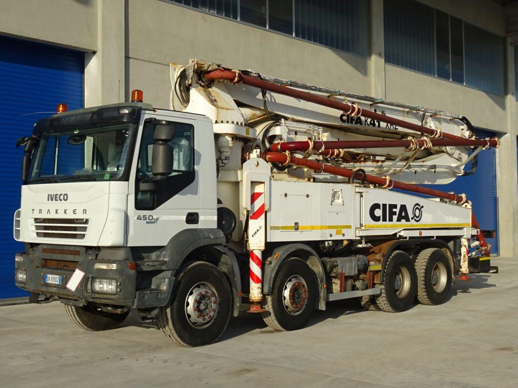 IVECO  TRAKKER  410T45  CIFA  K41
