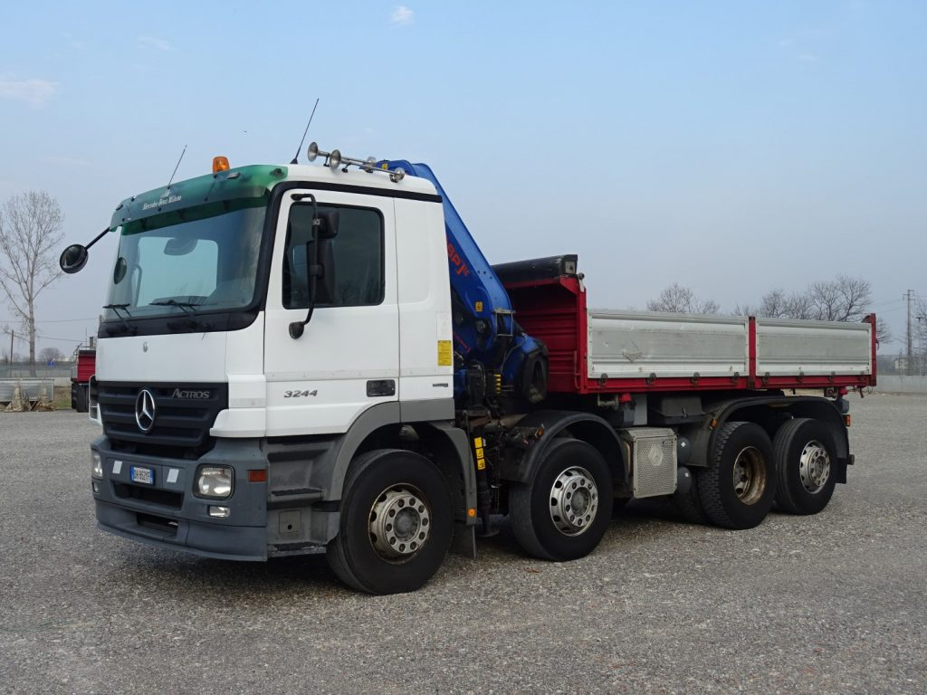 MERCEDES  ACTROS  3244  PM  22025LC